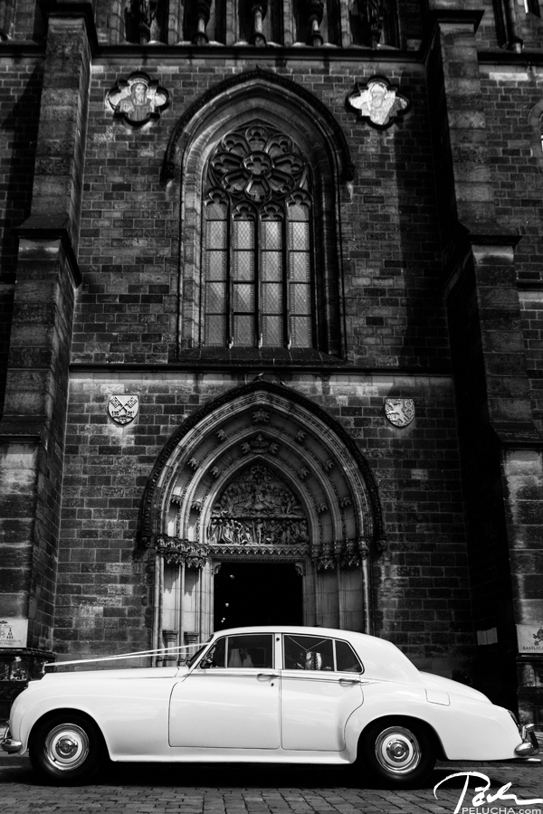 wedding car and church in prague