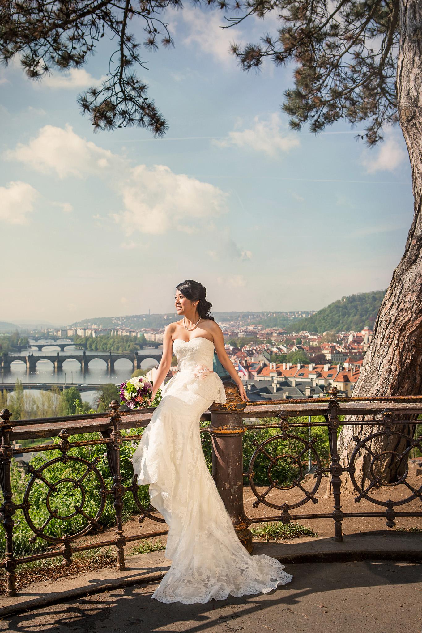 Prague Pre Wedding Photo By Award Winning Photographer