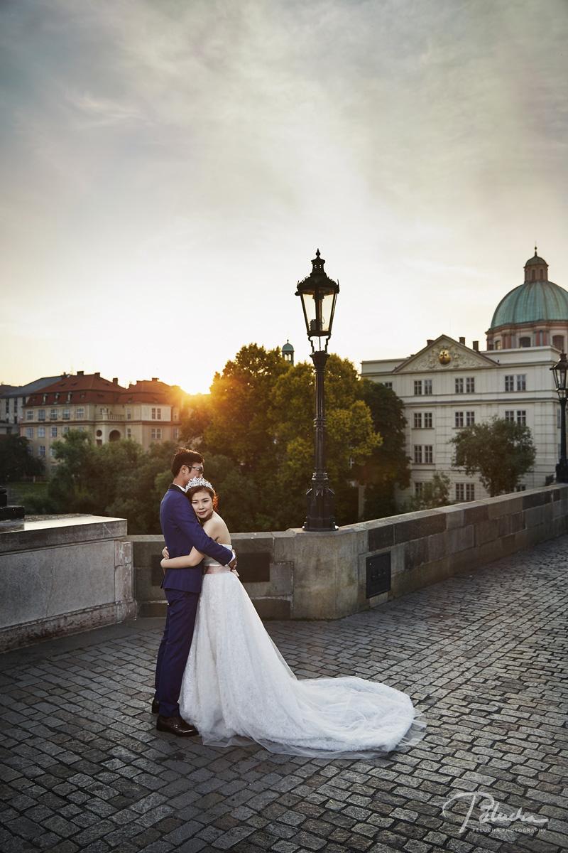 sun rice pre-wedding prague